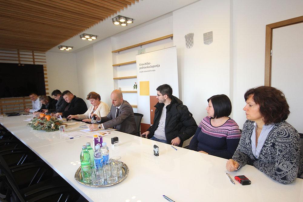 Počinju radovi na poboljšanju energetske učinkovitosti školskih zgrada osnovnih škola u Čačincima, Gradini i Suhopolju