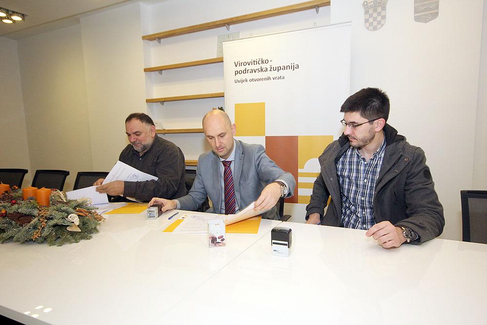Potpisan ugovor za poboljšanje energetske učinkovitosti zgrade OŠ August Cesarec Špišić Bukovica