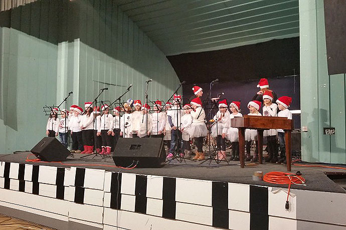 Humanitarna glazbeno-scenska priredba u Pitomači za SOS Dječje selo Hrvatska