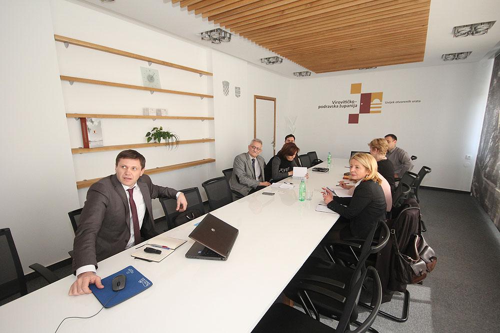 Tesla razvojni fond predstavljen u Virovitici na regionalnom sastanku s predstavnicima Virovitičko-podravske županije