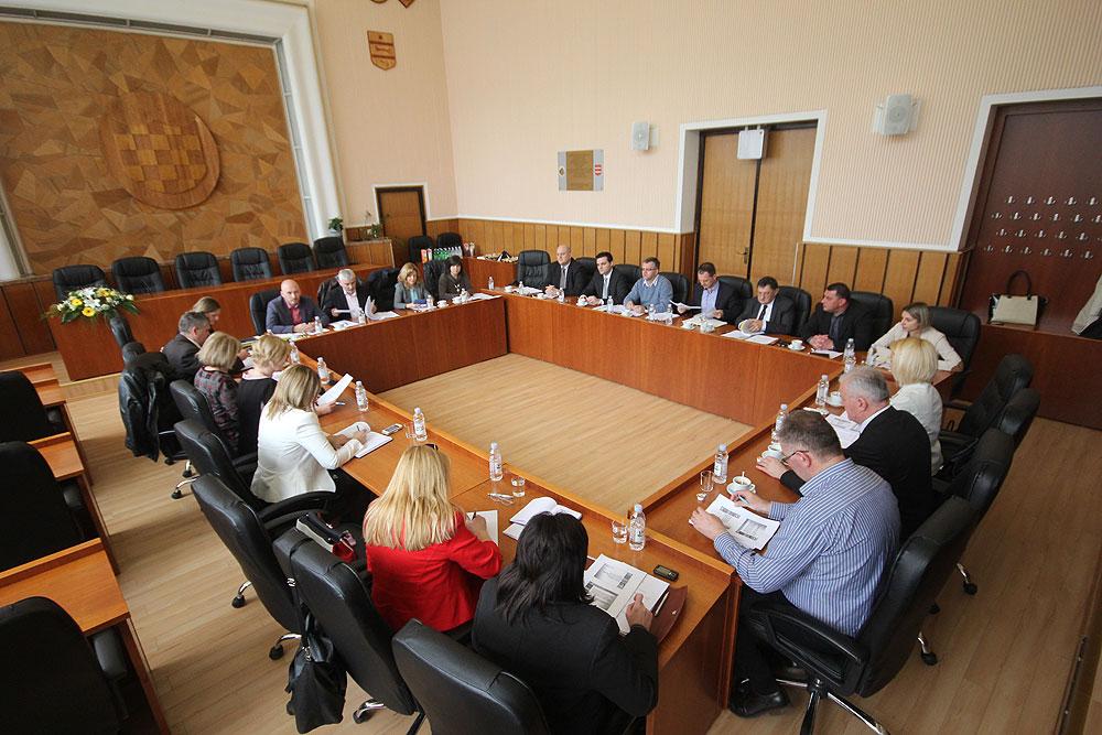 Slavonski župani na koordinaciji u Virovitici o poteškoćama u raspolaganju državnom imovinom i poljoprivrednim zemljištem