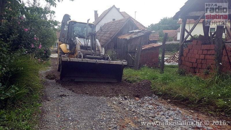 Olujno nevrijeme u Slatini: U samo sat vremena palo je kiše kao za cijeli srpanj, Radio Slatina je prekinuo program zbog poplave u prostorima