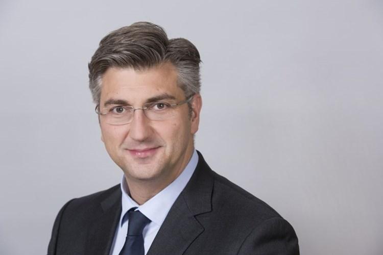 LokalnaHrvatska.hr Virovitičko-podravska županija Predsjednik Vlade RH, Andrej Plenkovic, otvorit ce 22. medunarodni sajam gospodarstva, obrtnistva i poljoprivrede Viroexpo 2017