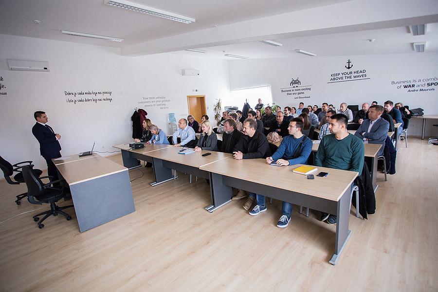 """Fotogalerija: Pogledajte kako je bilo na """"Info danu za poduzetnike"""" u Poduzetničkom inkubatoru Virovitičko-podravske županije"""