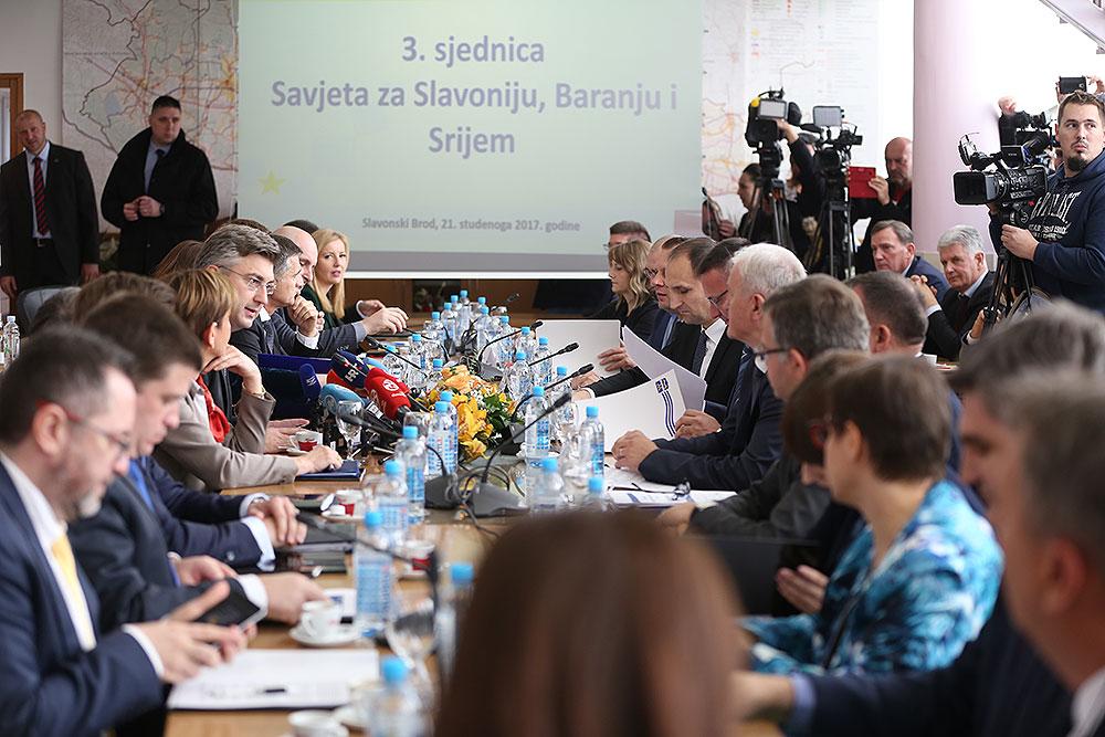Želimo poslati poruku ohrabrenja, Slavonija je za našu Vladu prioritet, doznajte koji su zaključci s 3. sjednice Savjeta za Slavoniju, Baranju i Srijem