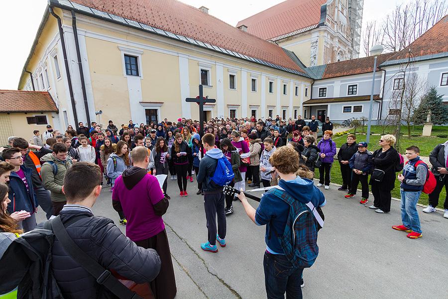 U subotu 17. ožujka održat će se 5. virovitički Križni put na kojem će virovitički vjernici će propješačiti 20-ak kilometara uz molitvu i pjesmu
