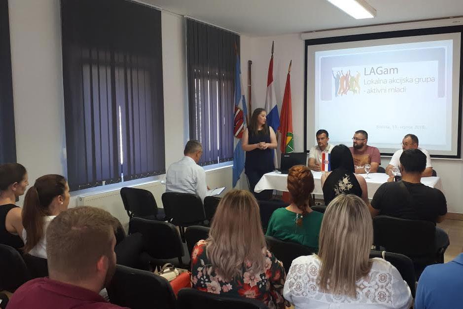 """U Čađavici je LAG Marinianis održao početnu konferenciju za projekt pod nazivom """"LAGam – Lokalna akcijska grupa – aktivni mladi"""""""