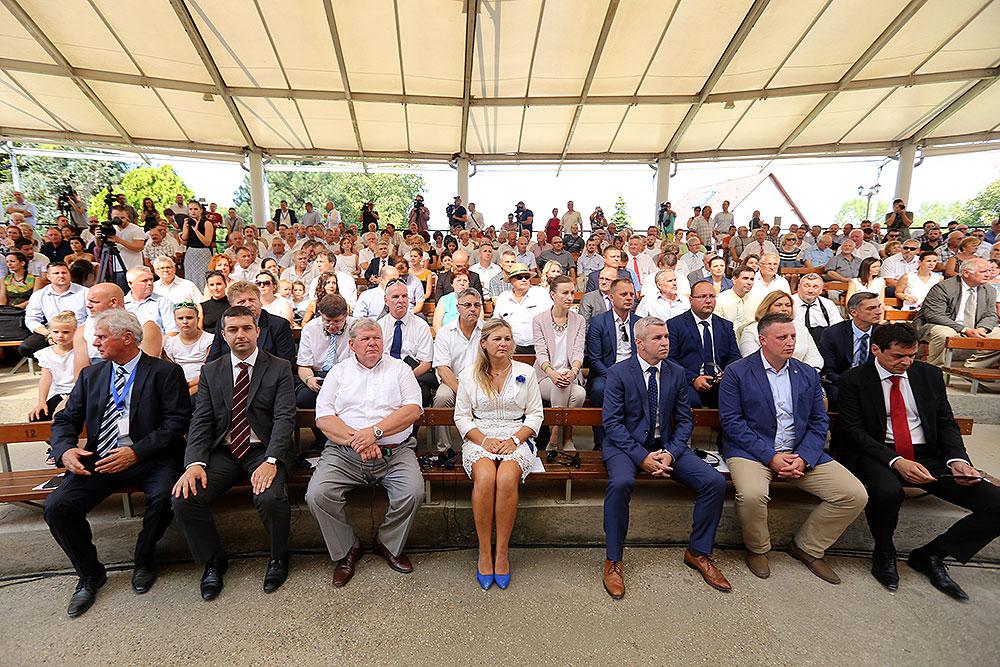 U tri dana vidjet će ga do 30.000 posjetitelja: Otvoren 25. Gazdanapok najveći sajam poljoprivrede i prehrambene industrije u Mađarskoj kojem je zemlja partner Hrvatska