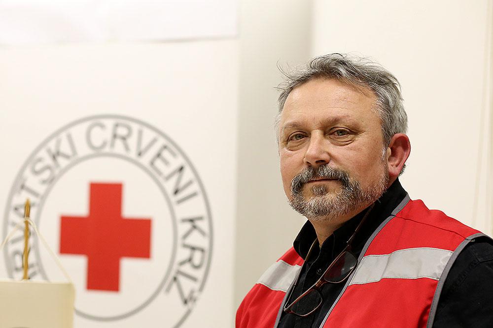 Vlatko Jelenčić je izabran za predsjednika Društva Crvenog križa Virovitičko-podravske županije, dopredsjednici su Sanja Kirin i Pavao Ramić, za ravnateljicu je predložena Željka Grahovac