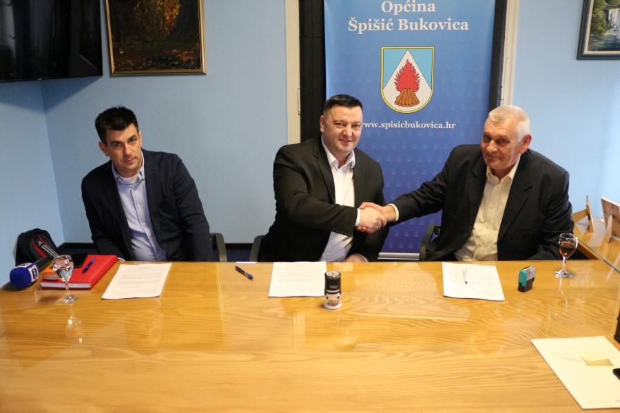 U Špišić Bukovici potpisan ugovor o izgradnji dječjeg vrtića, radovi počinju kroz 15-ak dana, a 40-ak mališana u njega će iduće godine