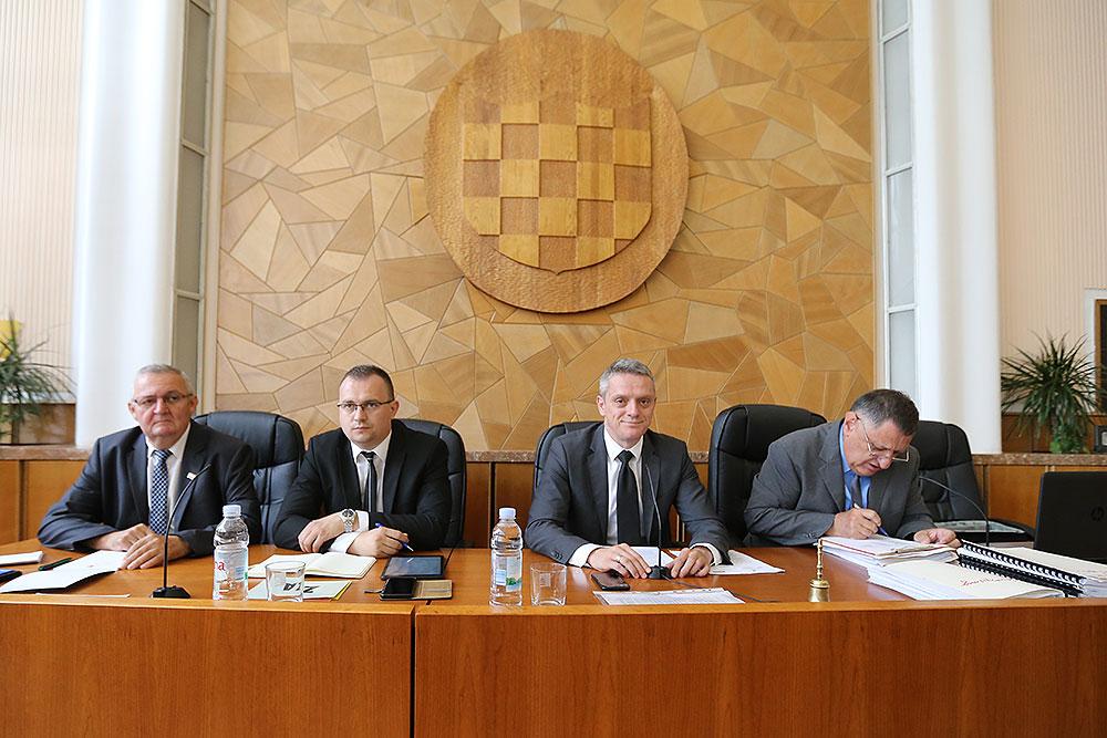 U ponedjeljak 16. rujna, održat će se izvanredna sjednica Županijske skupštine na kojoj će se raspravljati o visini turističke pristojbe na području VPŽ