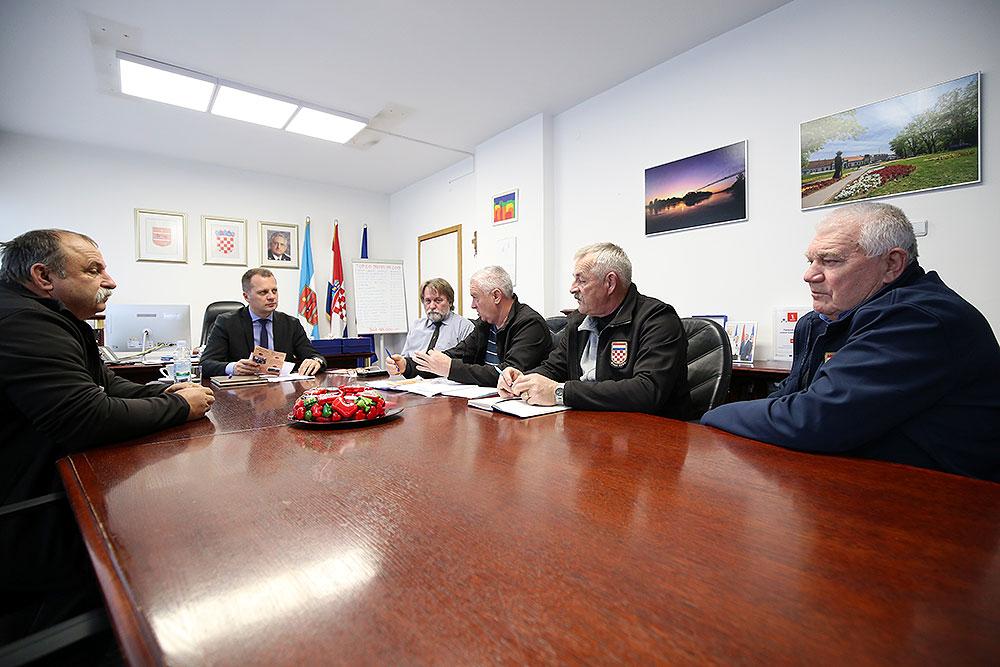 Uz pokroviteljstvo Virovitičko-podravske županije, u Dugoj Međi će se 4. siječnja održati 9. Kobasijada