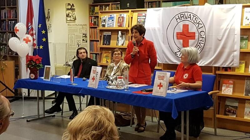 Predstavljena monografija povodom 120 godina djelovanja Crvenog križa u Virovitici