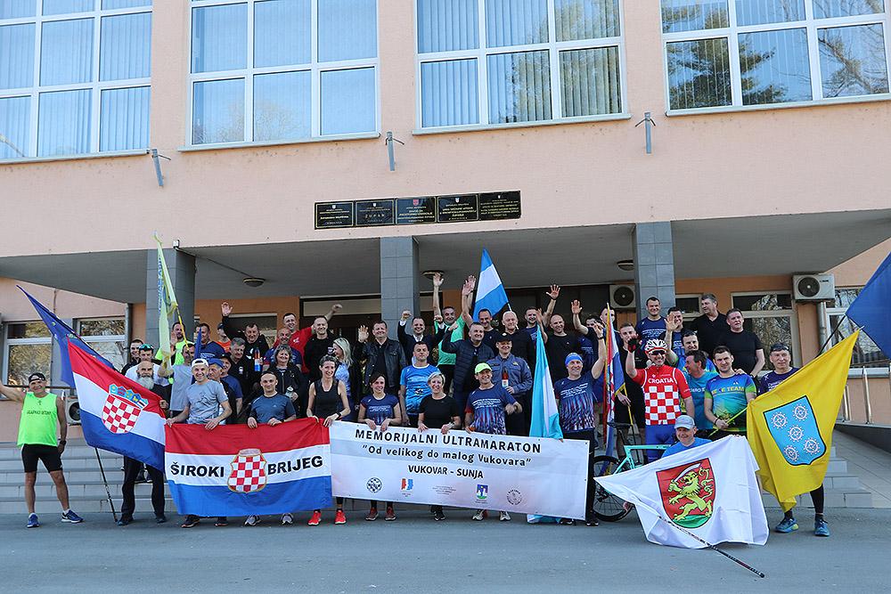 """Virovitičanin Tomislav Kolec biciklom će preći 305 kilometara 3. memorijalnog ultramaratona """"Od velikog do malog Vukovara"""" koji će se održati od 20. do 22. ožujka"""