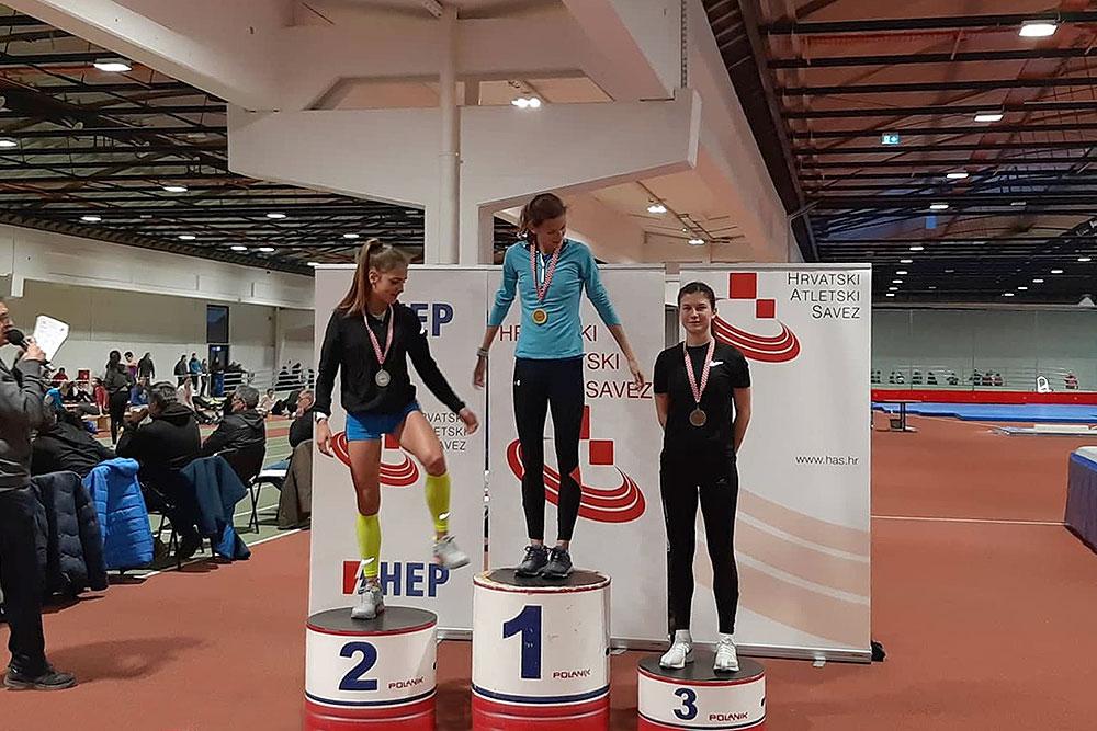 Paula Rakijašić osvojila brončanu medalju na Dvoranskom prvenstvu Hrvatske za mlađe seniorke, 1.500 metara je istrčala za 4:46,05